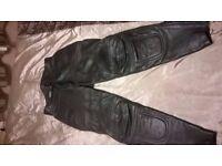 Scott leather motorbike trousers size 32 waist