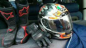 Female motor bike leathers, helmet, boots etc.