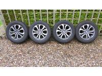 Suzuki Vitara - Genuine Wheels with Winter Tyres