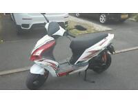 Moto roma g10 50cc scooter