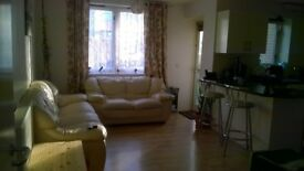 2 bed gff Hove looking for 3/4 bed Hove or 2 bed old style gf/basement flat mid Hove as a 3 way swap