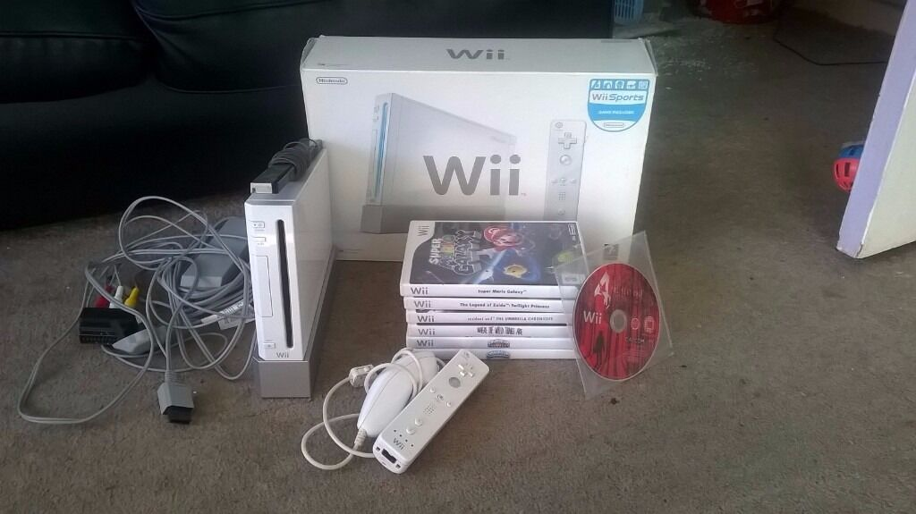 Wii console and 7 games.
