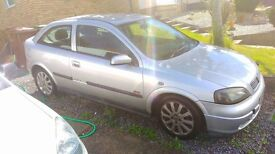 Vauxhall Astra, 1.6 litre, Manual Car, Silver