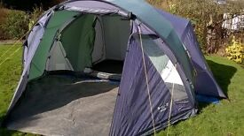 Peakland Ashover Family Tent: Comfortable 6-berth, three separate double bedrooms around shared area