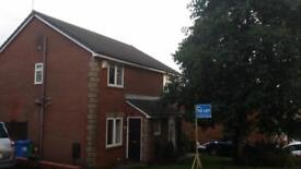 Semi-Detatched unfurnished House available to rent in popular Norden Location