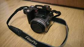 Hello for sale Fujifilm finepix zoom camera no charger no other accesories. Can deliver or post.