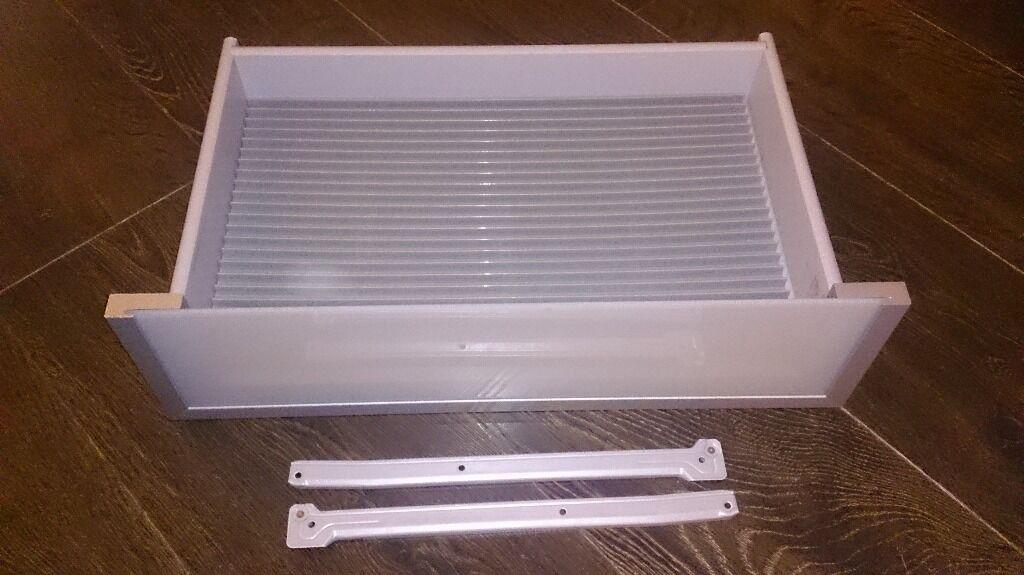 Ikea 7 x inreda cd dvd storage drawers for ikea besta for Meuble cd dvd ikea