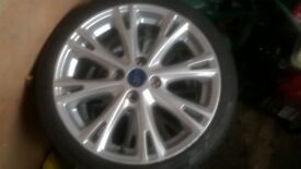 2x alloy wheels with tyres // Fiesta EcoBoost 4x100 //