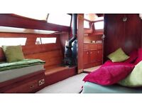 3 bed,widebeam houseboat to rent