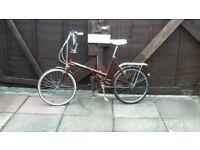 medium sized ladies shopper bike