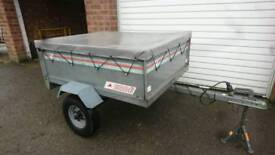Erde 121 Trailer with cover