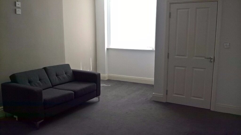 fully furnished room, All bills are fully inclusive of rent and the minterm is 10 mths. City Centre