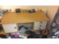 desk need gone asap as need room