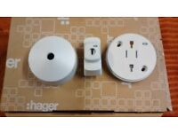10 Hagar click plug in ceiling roses 'new'