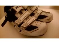 Cycling shoes & Helmet
