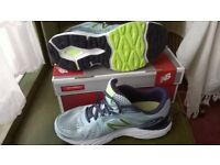 New Balance womens trainers, turquoise, navy and lime, size 6.5 (EU 40)