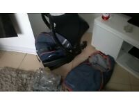 MAXI COSI EASI FIX ISOFIX BASE WITH CABRIO FIX CAR SEAT