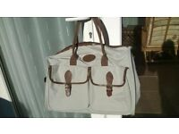 """A Brand New Smart """" La Maison Du Voyage""""Holdall 20 x 14"""" As Pictured."""