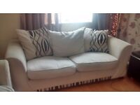 Can deliver beautiful cream 3 seater modern dfs sofa in very good condition