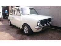 classic mini clubman 1971