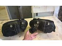 vw golf 52 reg both head lights in good workin order £40 ovno Pudsey, West Yorkshire