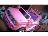 12 volt Land Rover style electric ride on Jeep (in pink)