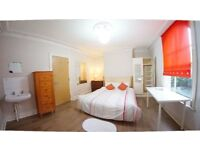 3 Double Size Room in FemaIe House Flat Share -- mintpie