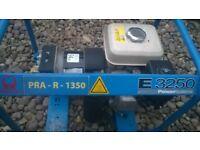 Honda GX160 Pramac E3250 2.5Kva 240v/110v Petrol Electric Generator. Shiping UK