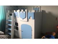 Children's castle bunk beds