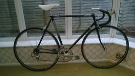 Holdsworth racing bike 1980s 57cm frame cleaned and rebuilt good condition