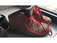 Timberland Men's Waterproof walking boots size 8.5
