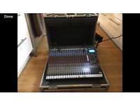 Peavey 24FX mixing desk inc flightcase
