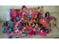 monster high ,Barbie doll set
