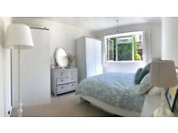 Light and airy 2 bed ground floor flat with garden