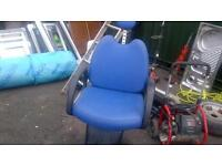 Barbers/styling ,chairs x3