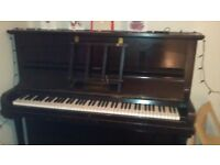 Piano for sale MUST GO BY SATURDAY £40