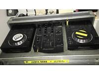Pioneer 2 x CDJ350 CDJs & DJM 350 mixer flight ase (USB & CD compatible