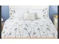 King size white bird bedding as new