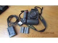 Nikon D300s camera body 12mp low shutter count in Box
