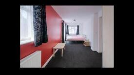 Extra large luxury room to rent, en suite shower room & parking