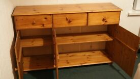 Pine sideboard and chest of drawers