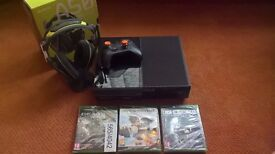 Xbox One 500GB (Black) with gaming headset -- **Complete Gaming Bundle**