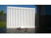 Stelrad Compact Radiator, White, 450mm x 600mm with Danfuss thermostatic valve.