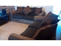 Can deliver lovely 2+3 seater Dfs sofas in very good condition