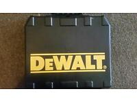 DEWALT CORDLESS DRILL 18VOLTS TORQUE SETTING HAMMER ACTION NO TIME WASTERS PLS?