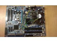 Intel Core2 Quad Q6600 Socket 775 CPU @ 2.40GHz on Abit IB9