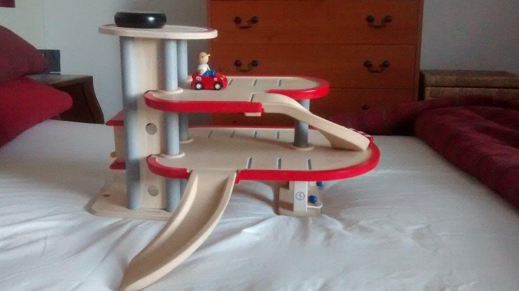 Plan Toys Garage : Wooden car garage plan toys hardly played with in
