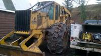 JD 748E Grapple Skidder