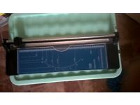 A3 guillotine paper trimmer