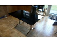 Dining Table small tempered glass with aluminium stand